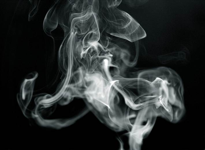 Дым от сигарет